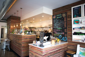 Green Eateries: Reviewing Vegan/Vegetarian Options